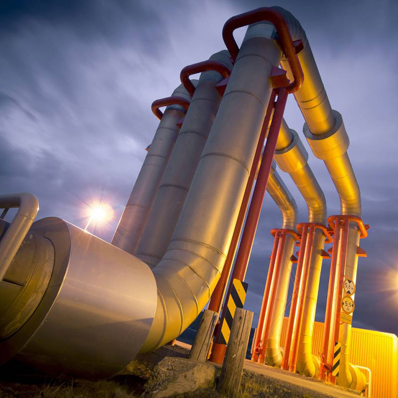 Oil and gas companies monitor pipeline integrity and protect against corrosions and leaks with the help of WiSense by Draper. Credit: Shutterstock